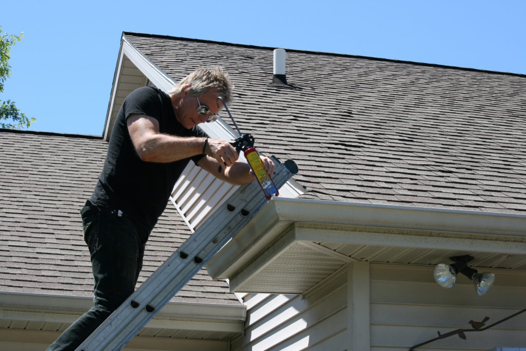 What are Features of the Gutter Repair Service?