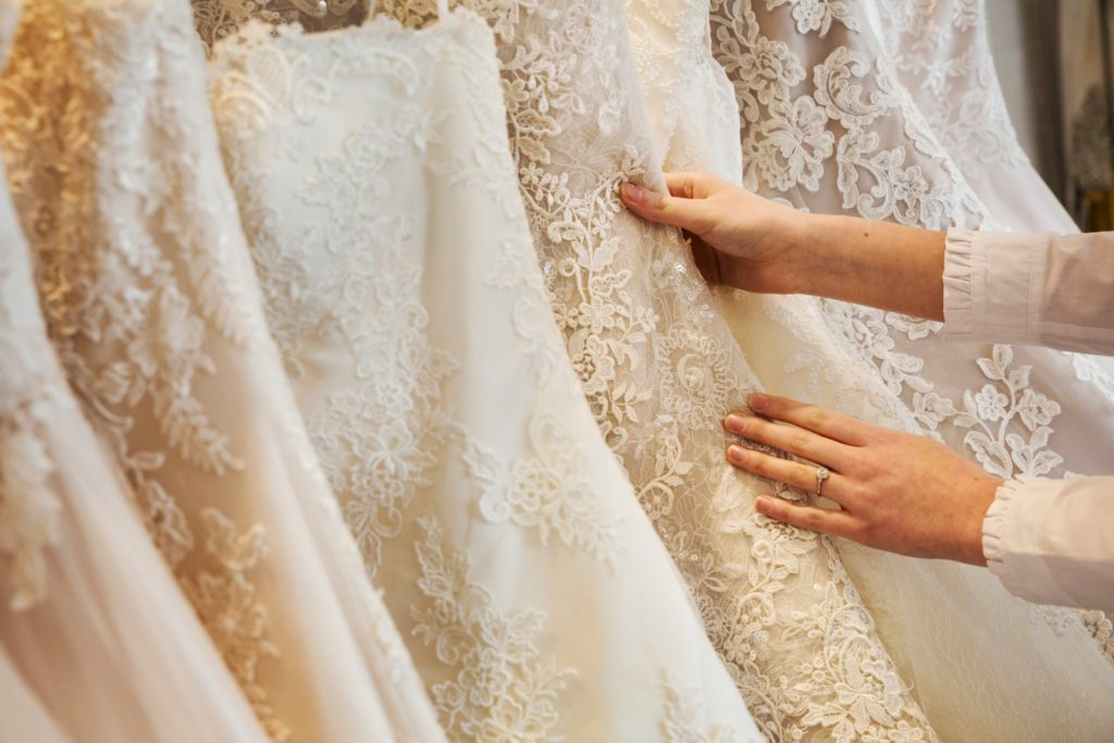 Top 5 Tips for Wedding Dress Shopping