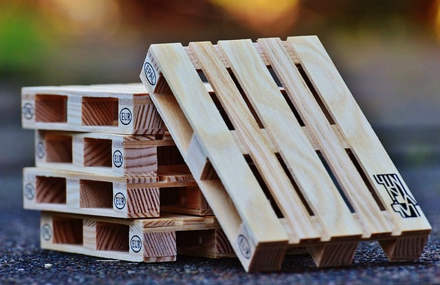Is taking pallets illegal?