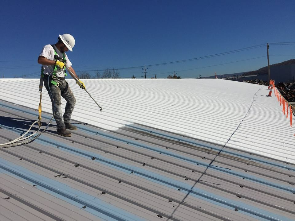 Tips in Preventing Roof Coating Problems